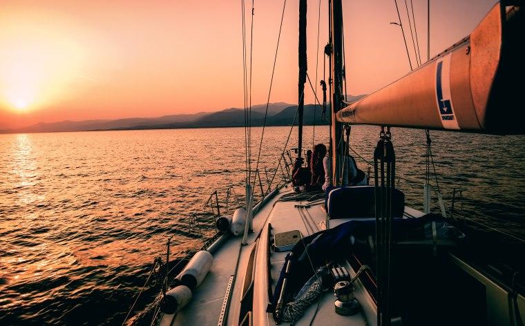 Yelkenli ile seyahat: Bu eşsiz deneyimi yaşamadan önce bilmeniz gerekenler